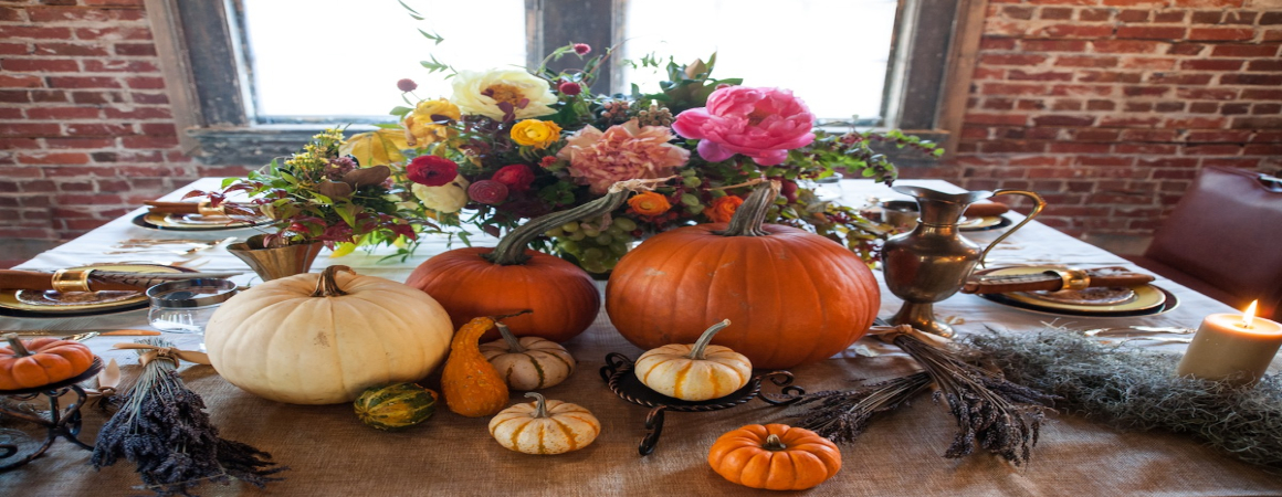 Creative Centerpieces For Thanksgiving : Ways to use fall flowers for creative thanksgiving day
