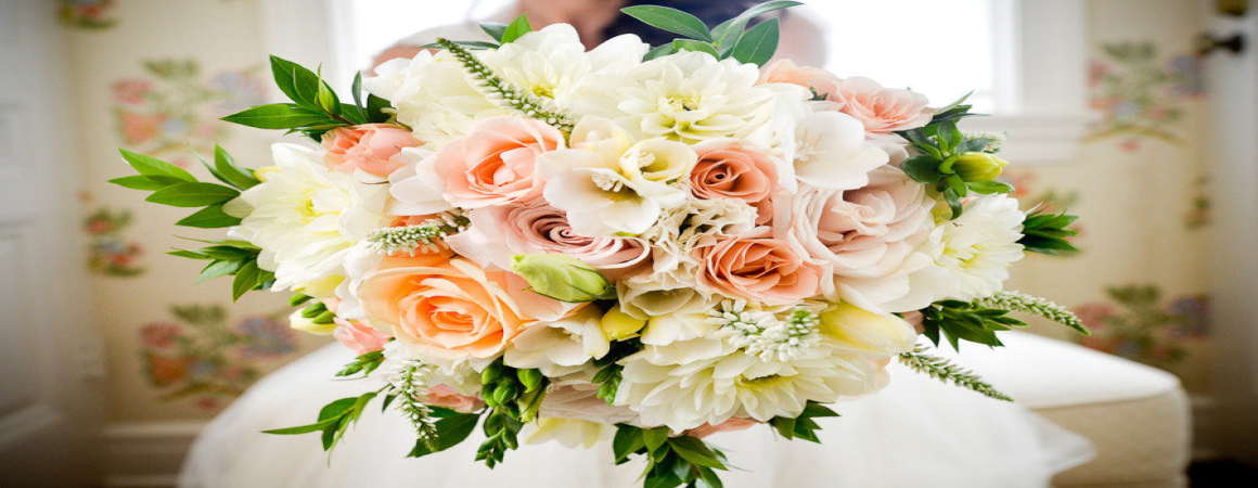 Ten of the Best Flowers for Spring Weddings