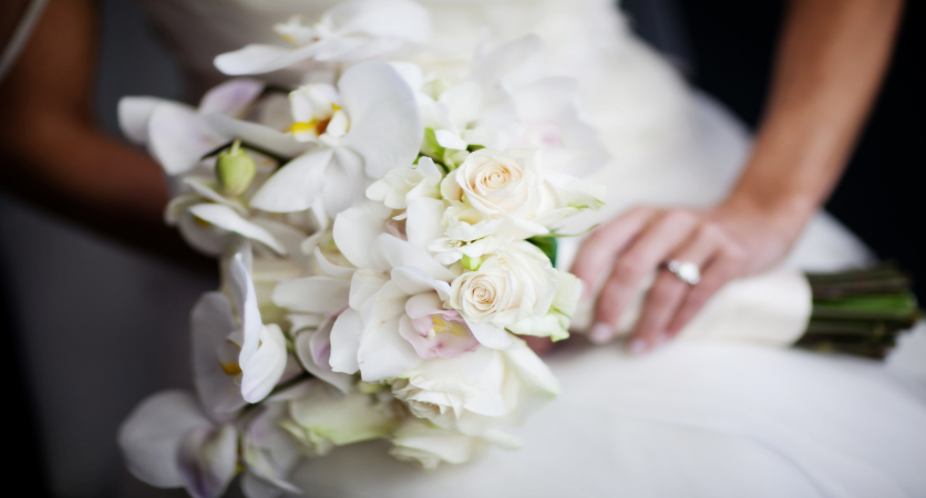 What Wedding Flowers Are Appropriate For 5 Different Faiths?